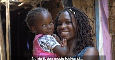 Back to school: Tienermoeders in Kenia weer terug naar school!
