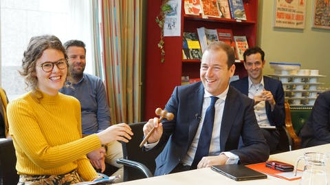 Wereldmeisjesdag Girl Takeover Lodewijk Asscher