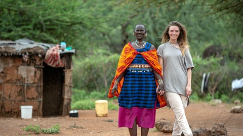 Kim Feenstra op reis Kenia