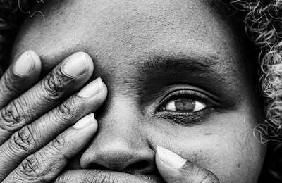 Kim Feenstra meisjesbesnijdenis tienerzwangerschappen kindhuwelijken